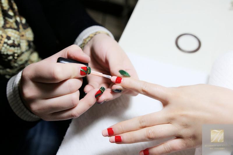 手绘豹纹光疗美甲教程-化妆学校|美甲学校|北京化妆